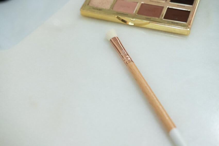 Bachca Angled Eyeshadow Brush